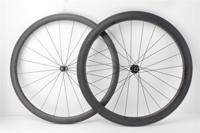 Tubeless carbon wielset 38mm met DT Swiss 350 naven